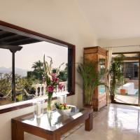 Lounge - pool view - Breathing Space Retreats - breathguru