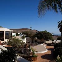 The villa - terrace - Breathing Space Retreats - breathguru